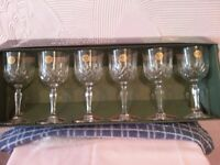 RCR (Royal Crystal Rock) - 6 x 24% Lead Crystal Wine Glasses