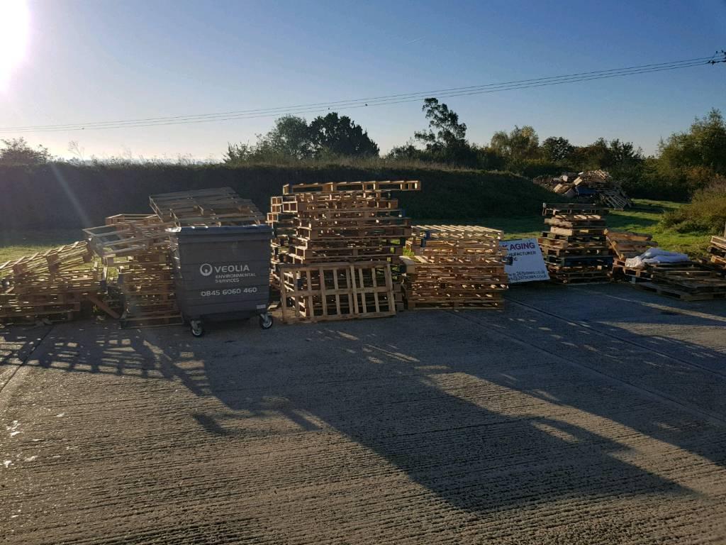 Free Pallets   in Colchester, Essex   Gumtree