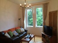 Lovely first floor one bed flat in Morningside. Fresh decor, furnished. GCH.