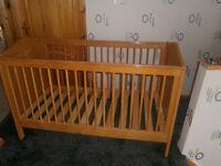 Pine cot / bed