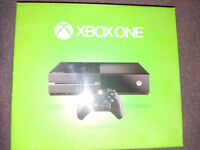 Xbox One 500GB Console, with 6 games and play and charge kit. GTA V, Forza 6, Star Wars Battlefront.