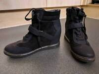 New Look wedge boots size-9 / 42