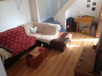 House 4 Bed Sitting Room Kitchen ShowerWC Outdoor Utility Very Small Patio VeryNearTubeBusShops