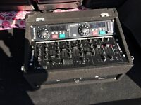 Numark 5 channels mixer deck