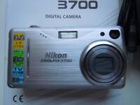 Old Nikon Coolpix 3700 - Digital camera - compact - 3.2 Mpix