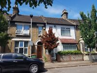 Lovely spacious three double bedroom house with garden in Stratford E15