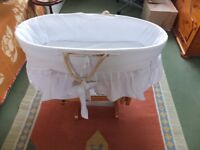 Rocking cot in good condition