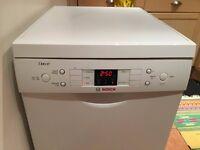 Bosch Exxcel Slimline Dishwasher / mint condition
