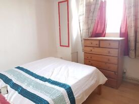 Fulham Cosy Double Room Available in Flat Share