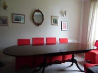 STRONGBOW FURNITURE-- DINING ROOM TABLE SEATS 10