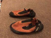 Climbing shoes, Rock Pillars, size 9.5 (EU 44)
