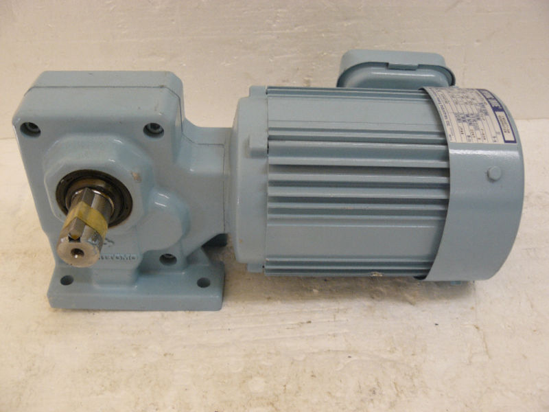SUMITOMO RNHM02-23L-40 HYPONIC DRIVE INDUCTION GEAR 40:1 RATIO NEW