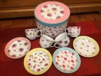 Vintage, mix and match tea set