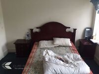 Amazing double room to let for females!
