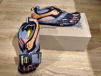 New FiveFingers Vibram Shoes Men Spyridon Size UK12 Black/Orange