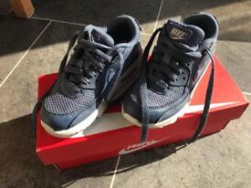 Nike air trainers size 11