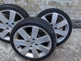3 Ford Fiesta 17 Inch Alloys (and tyres)