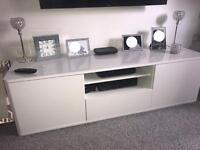 Modern IKEA White High Gloss Tv Unit