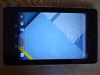 Google Asus Nexus 7 16GB (1st Gen) + Accessories