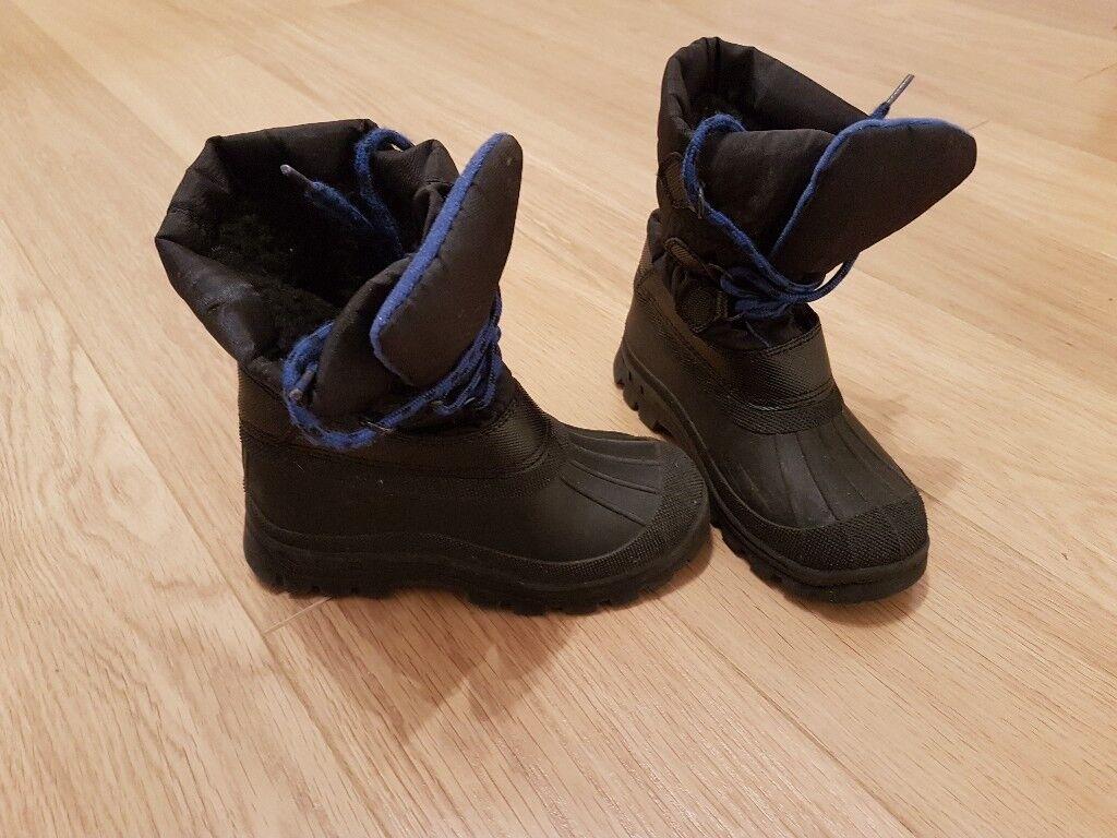 Boys / Girls Winter Furry Lined Boots / Wellies - uk13 / 32