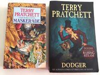 Terry Pratchett Paperbacks, Dodger and Maskerade (A Discworld Novel)