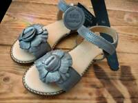Brand new leather girls sandals Clarks size 9
