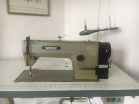 Brother industrial sewing machine vgc model DOL 12H