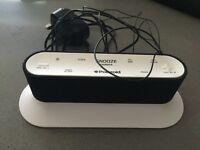Polaroid CR01 - FM Clock radio - White Fully Working