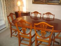 Bradley Fine English Furniture Extendable Dining Table with 6 Chairs in Yew