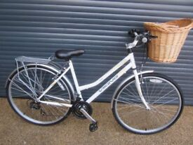 LADIES VIKING PINE TRAIL STEPTHROUGH TOWN / SHOPPING BIKE IN EXCELLENT LITTLE USED CONDITION..