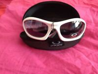 oklay sunglasses brand new with tag