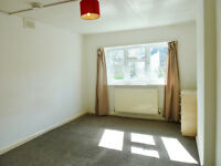 Large 1 Bedroom Flat in Queens Park - GREAT LOCATION - NW6