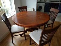 EXTENDABLE MAHOGANY WOOD DINING TABLE WITH 4 x CHAIRS