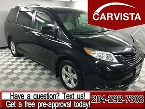 2012 Toyota Sienna LE 7 Passenger -LOCAL-