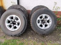 alloys and tyres 265/70/15 of toyota hilux good tyres