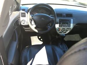 2005 Ford Focus ZX5 SES LEATHER / SUNROOF Kitchener / Waterloo Kitchener Area image 12