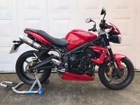 Triumph Street Triple R 675cc - motorcycle excellent condition - 10,749 miles