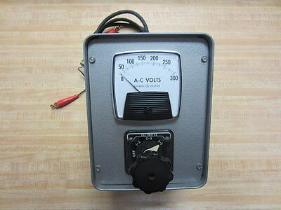 General Electric 10aa004 Voltmeter 0-300vac Vintage Industrial Antique