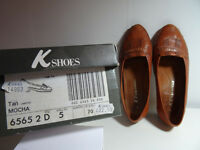 Clarks K Mocha flat shoes size 5 (38)