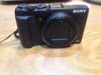 Sony Cyber-shot DSC-HX50. 20.4 megapixel digital camera. 30x optical zoom