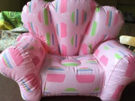 Build-a-bear chair and accessories