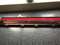 Brand New Ronnie Osullivan snookee Cue 9.5mm top