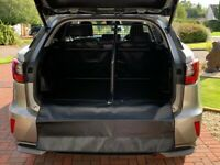 Lexus RX Dog guard and divide with fully lined boot cover