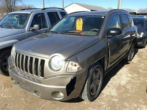 2007 Jeep Compass Sport CALL 519 485 6050 CERTIFIED