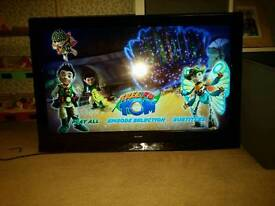 Alba 32 inch LCD TV with Freeview HD ready
