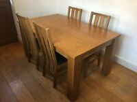 Oak Veneer Extendable Dining Table with 4 Chairs