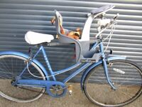 CHILDS WEERIDER SEAT CONVERSION FOR LADIES BIKE. IN EXCELLENT CONDITION.