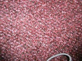 Carpet for hallway in burgundy
