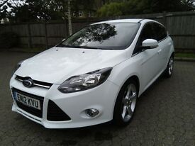 2012 Ford Focus Titanium 1 liter engine.aircon,18 inch alloys,keyless entry,start-stop feature