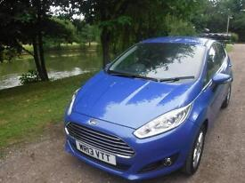 FORD FIESTA 1.6 Zetec Powershift Auto 10000 miles f/s/h one owner (blue) 2013